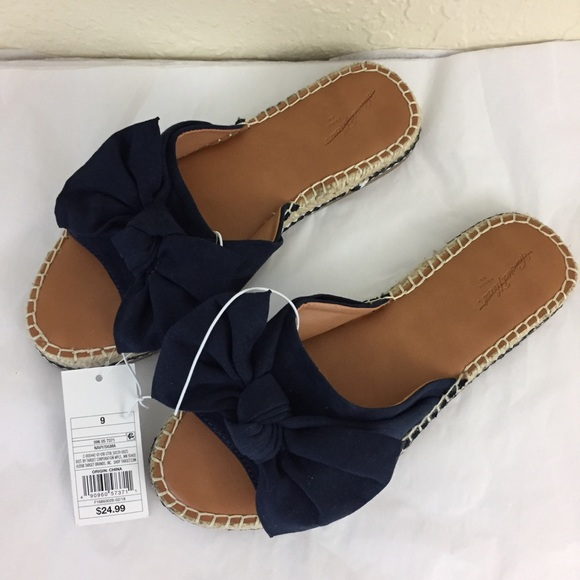 479f0b0d65ed Universal Threads Sigma bow espadrilles navy 9. M 5b493273bb761593693fc8cd